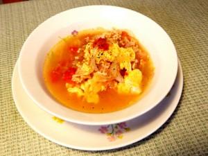 簡単に作れるトマトスープです.